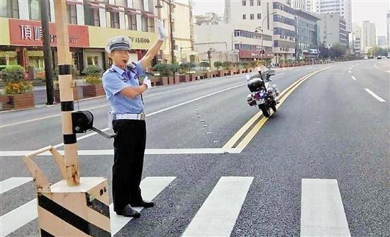 杭州协警吴建军倒在了他热爱的工作岗位上