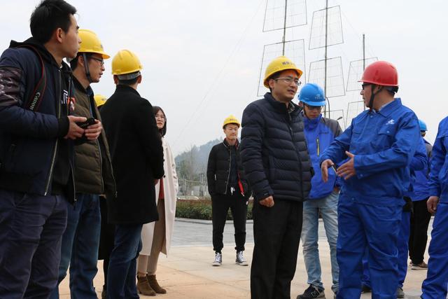 常山县滨江一期人行景观桥举行开工仪式