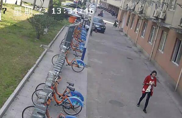 宁波孩子偷走42辆公共自行车 父母表示抓走吧
