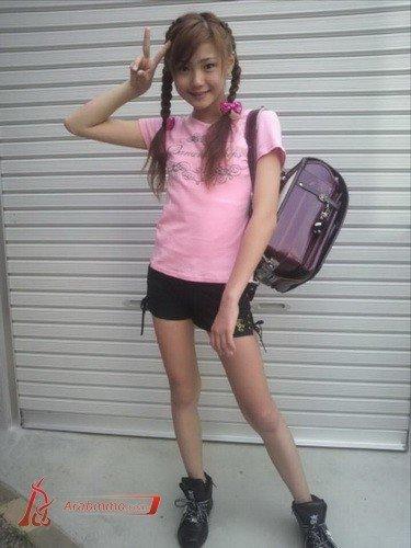 日本拍写真的小女孩有吗_日本早熟开放小学女生早熟的小学女生早熟的中国小学女生