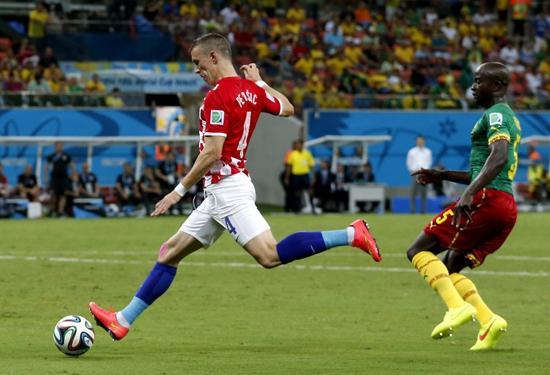 法国门将_小组赛次轮十佳球:卡希尔凌空抽射媲美巴斯滕_世界杯_腾讯网