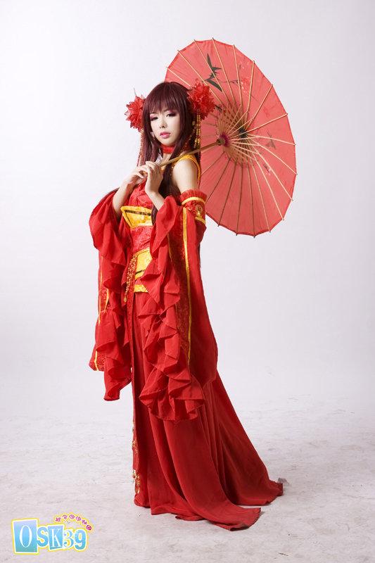 仙剑奇侠传3红龙葵_国产美女cos 仙剑3 龙葵 只用白布遮私处