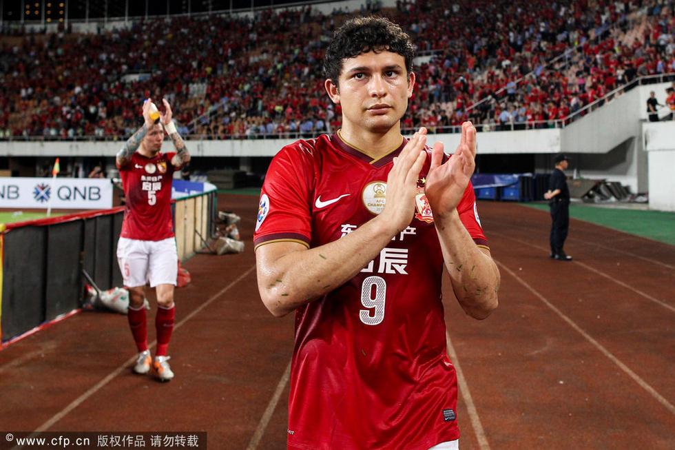 腾讯体育5月13日讯 在亚冠1/8决赛第二回合的比赛中,卫冕冠高清图片