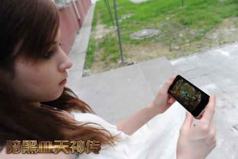 AV女优泷泽萝拉来袭 《暗黑3天神传》引爆手游新时代的照片 - 4
