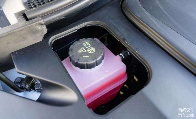 这些汽车防冻液的小知识 新手须知这几点