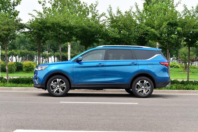 10万元买中型7座SUV 让你轻松全家出行!