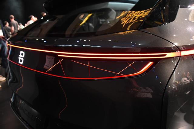新车来了:实用性大增 拜腾M-Byte量产版亮相