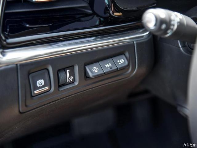 上汽通用凱迪拉克 凱迪拉克XT6 2019款 28T 基本型