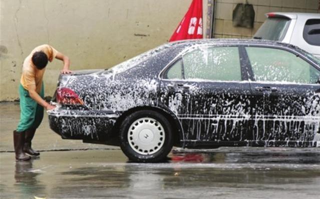 高压水枪千万别乱用!洗车别掉进这12个大坑_汽车_腾讯网