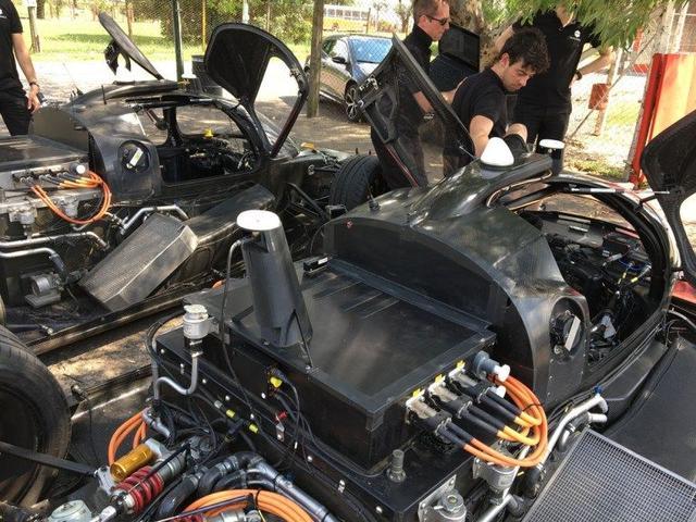 阿根廷舉行首場無人駕駛電動汽車競賽