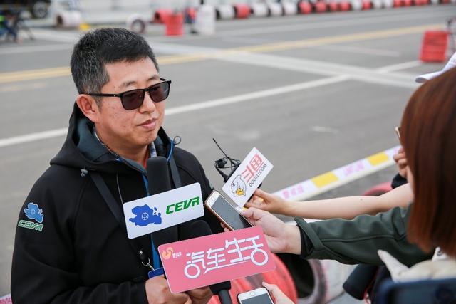 十八般武艺样样精通!第六届环青海湖(国际)电动汽车挑战赛迎来性能评测赛!