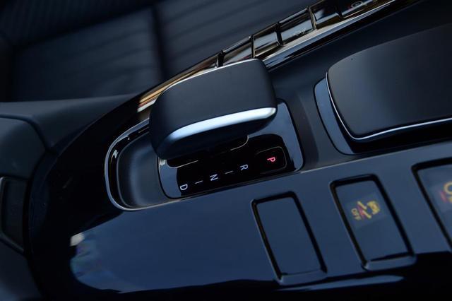 进阶对决 保时捷911 Cabriolet对比AMG GT Roadster