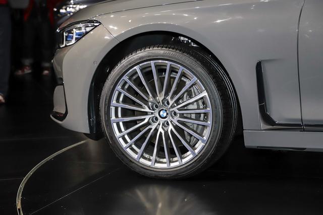 真能叫板奔驰S?全新宝马7系将于5月24日上市