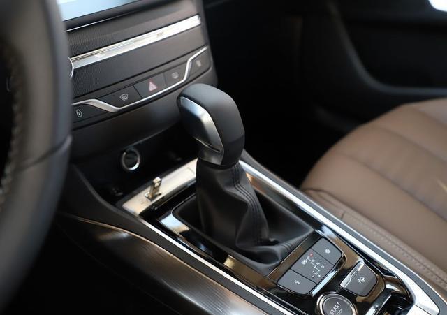 刚进职场如何选一款有排面的车?这几款紧凑级运动轿车首选