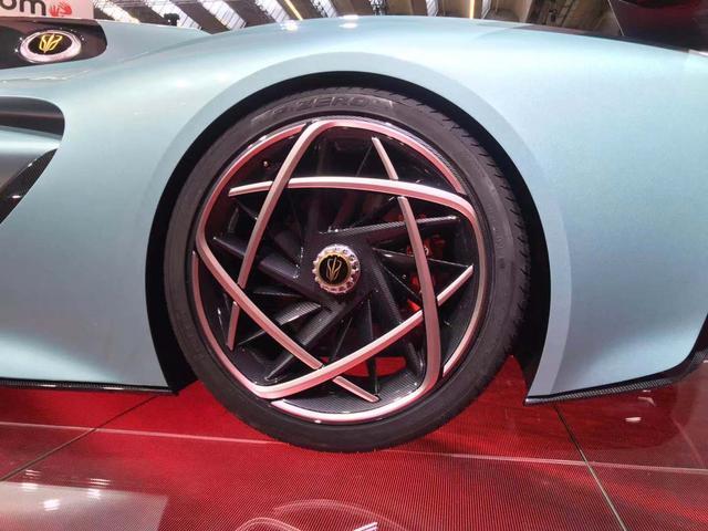 新车来了:百公里加速1.9s 红旗S9全新超跑概念车首发