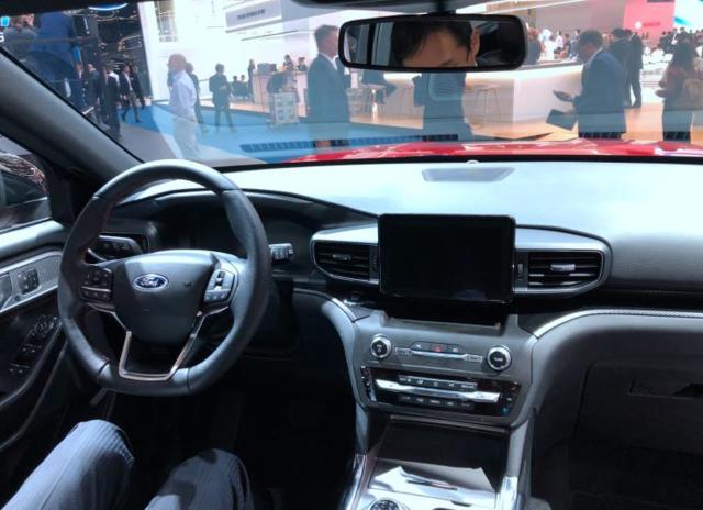 福特全新探险者PHEV 亮相 搭载3.0T V6插电混