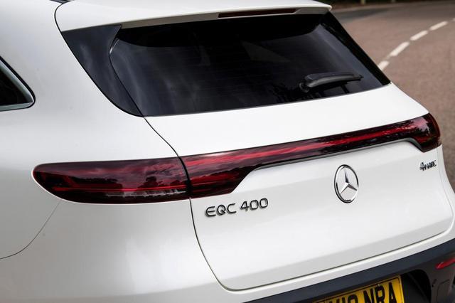先看看海外版表现如何——试驾奔驰EQC