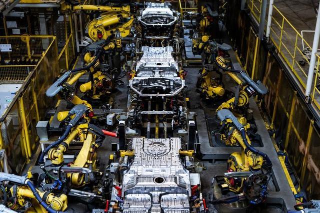 三月中国汽车销冠!响应国家消费刺激政策,上汽通用五菱发放10亿购车补贴