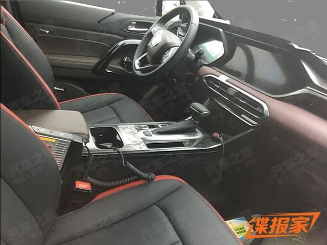 质感升级 广汽传祺全新轿跑SUV内饰谍照