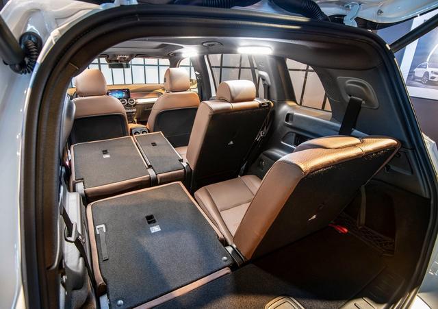奔驰方盒子SUV复活/宝马M的新对手 个性海外新车谍照抢先看