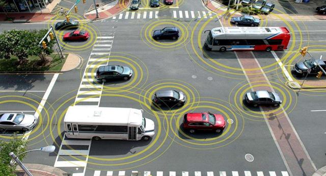 工信部部长苗圩:加快5G与车联网融合创新