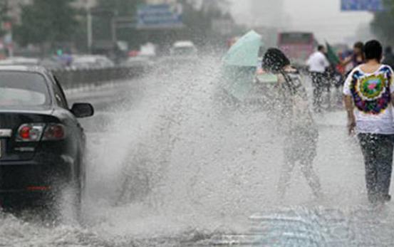 下雨开车注意事项你学到了吗 雨天用车技巧