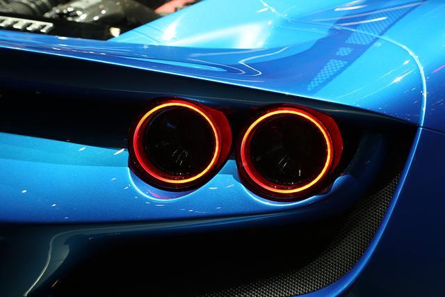 488 GTB继任者/最强V8中置发动机 法拉利F8 Tributo发布