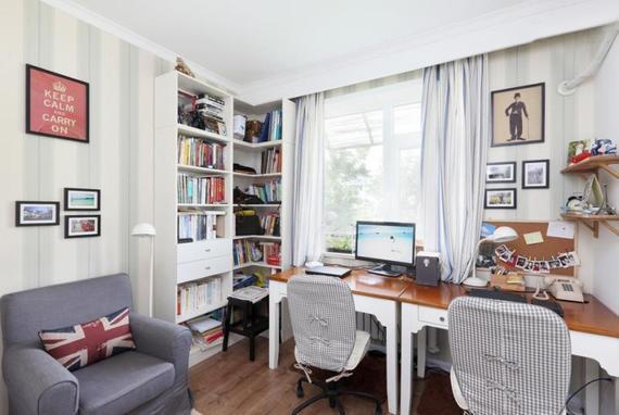 60平两居室小户型色彩装修 让家俏皮可爱