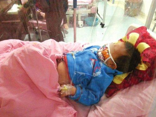泸州3岁娃患白血病 公务员父亲乞求帮助(图)