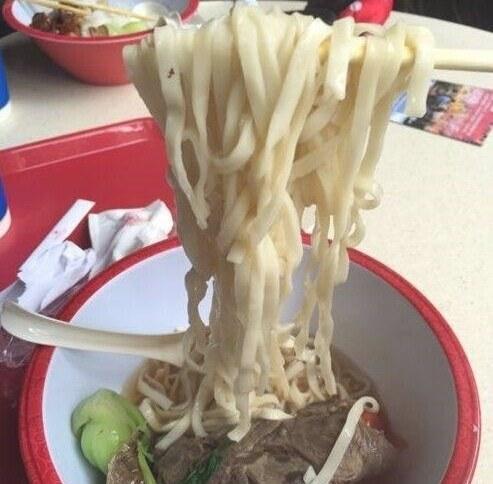 网友评上海迪士尼乐园80元套餐:真坑爹!