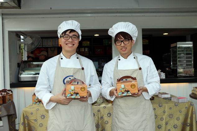 《英雄联盟》推公益餐盒,电竞选手当店长