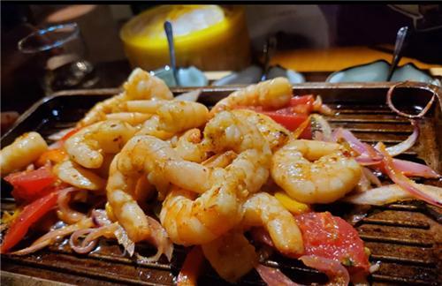 不是只有高价餐厅才能吃到精致美食,平价餐厅同样能给你精致体验