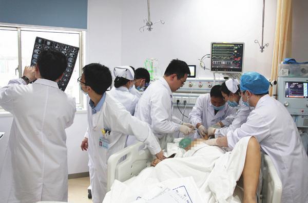为什么ICU收费那么贵?一天要20000元以上