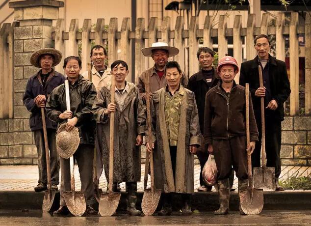 """一部充滿艱辛的""""漂泊""""史——新生代農民工的流動圖景圖片"""