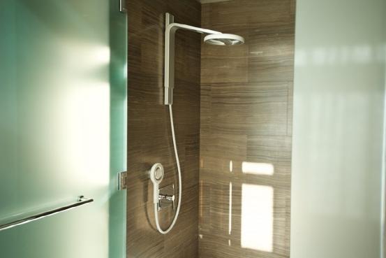 苹果CEO看好的智能环保淋浴器 节水量高达70%