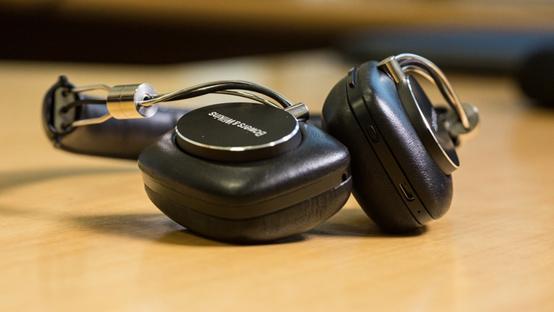宝华韦健P5无线款耳机:高品质音乐体验