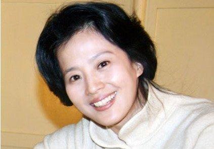 肏姐姐妈妈骚肥屄_刘亦菲妈妈旧照貌美如花网友:神仙姐姐基因太好了