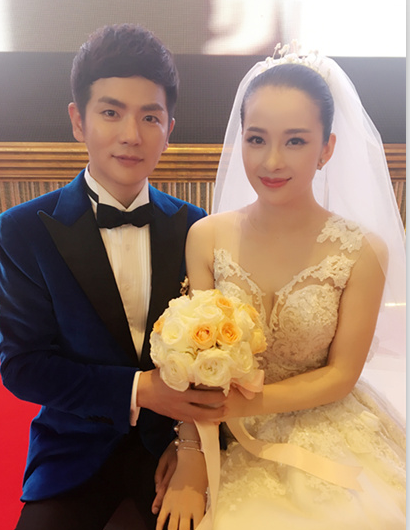 演员张晓龙的老婆_张晓龙的结婚照图片