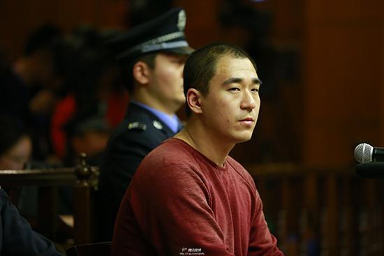 张默容留他人吸毒获刑半年罚五千 1月29日释放