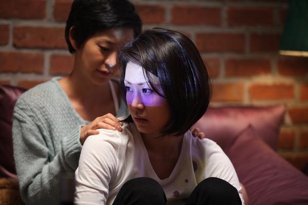 两个女人_[午夜放映]《两个女人》:发妻和小三成为闺蜜_娱乐_腾讯网