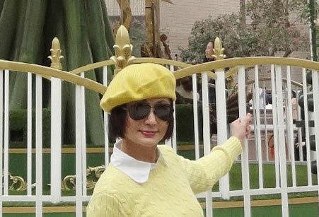 70岁不老妖精潘迎紫_70岁不老妖精潘迎紫近照似少女_时尚_腾讯网