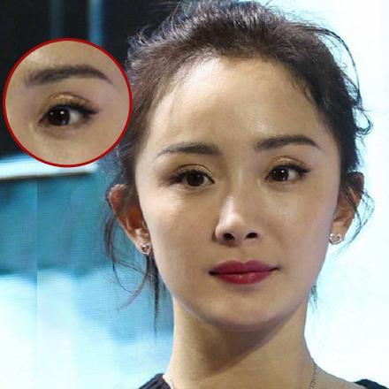 李小璐丢掉网红标配,杨幂双眼皮都要跑到眉毛上了 时尚潮流 第7张