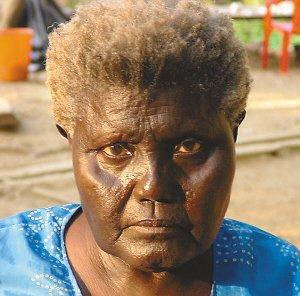 老妇肥_印度部落老妇去世 65000年历史古语失传