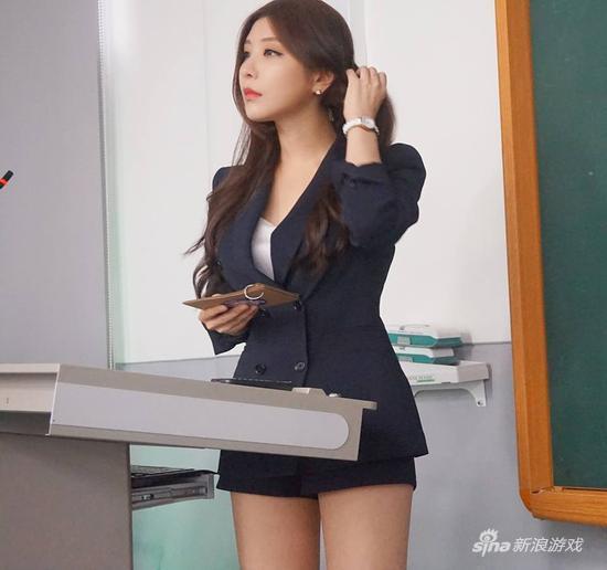 """日本老师教室玩性感图片_性感女主播晒新照 """"韩国最美女教师""""又来了?_游戏_腾讯网"""