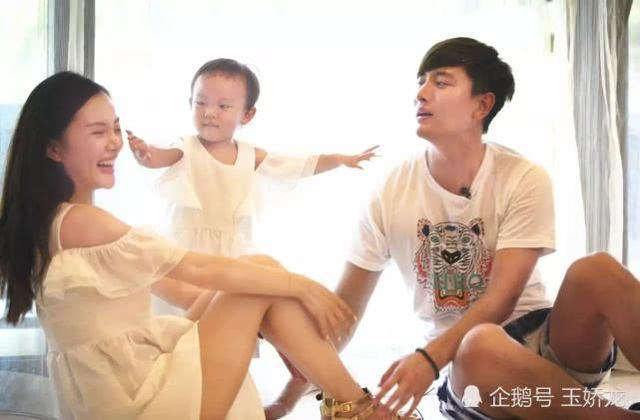 李小璐给甜馨改名疑离婚 黄毅清又毁掉一个女人