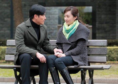 《芬芳岁月》热拍 刘洋耿乐首次牵手演情侣