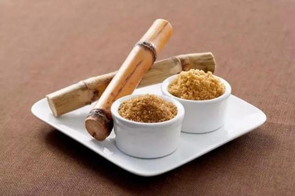 註意!冬天適當吃點甘蔗對身體好處多多