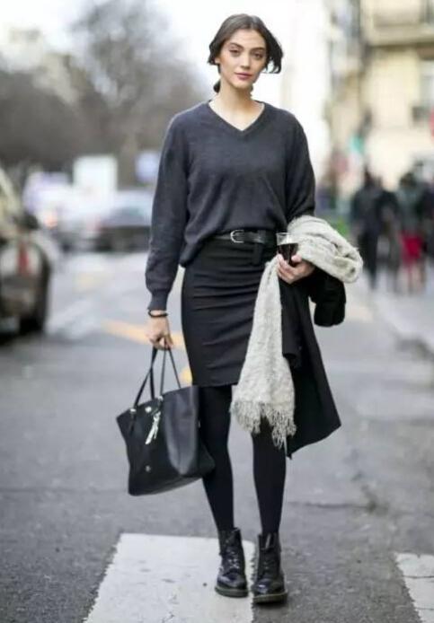 马丁靴搭配_你穿马丁靴被吐槽短腿工地风?来看看她们怎么穿!_大湘网_腾讯网