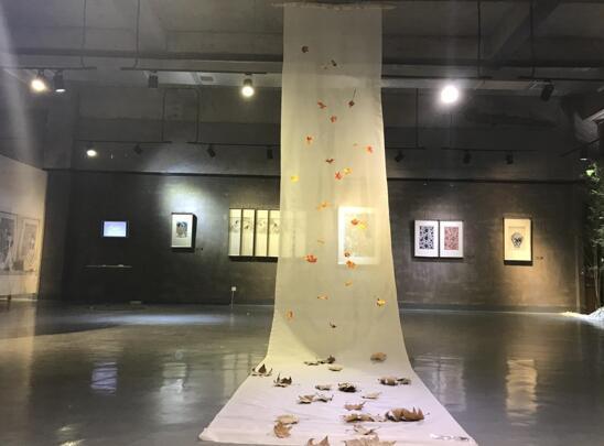 当代艺术品_刘雅当代湘绣艺术展盛装开幕 一起来品味指尖艺术!
