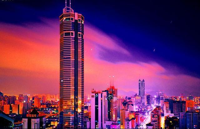 深圳夜景_(深圳繁华的夜景,隐藏多少迷茫的行人)